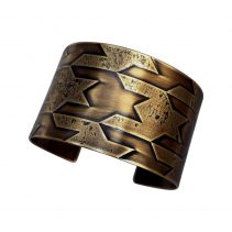 Horizontal Pattern Houndstooth Cuff/Antique Brass Finish