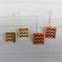 En ZigZag Earrings in Antique Brass (left) and Antique Copper (Right)